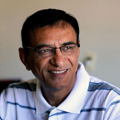 dr-dinesh-pandya